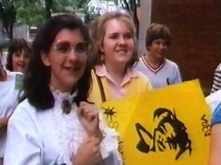 The Degrassi Junior High Gallery on YCDTOTV.de   Path: www.YCDTOT.de/djh_img/c2_046.jpg