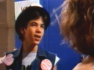 The Degrassi Junior High Gallery on YCDTOTV.de   Path: www.YCDTOT.de/djh_img/c2_109.jpg