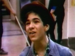 The Degrassi Junior High Gallery on YCDTOTV.de   Path: www.YCDTOT.de/djh_img/d1_014.jpg