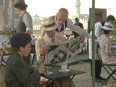 The Tea With Mussolini Gallery   on YCDTOTV.de       Path: www.YCDTOT.de/twm_img/e1_590.jpg